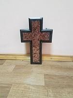 Крест гранит AK1